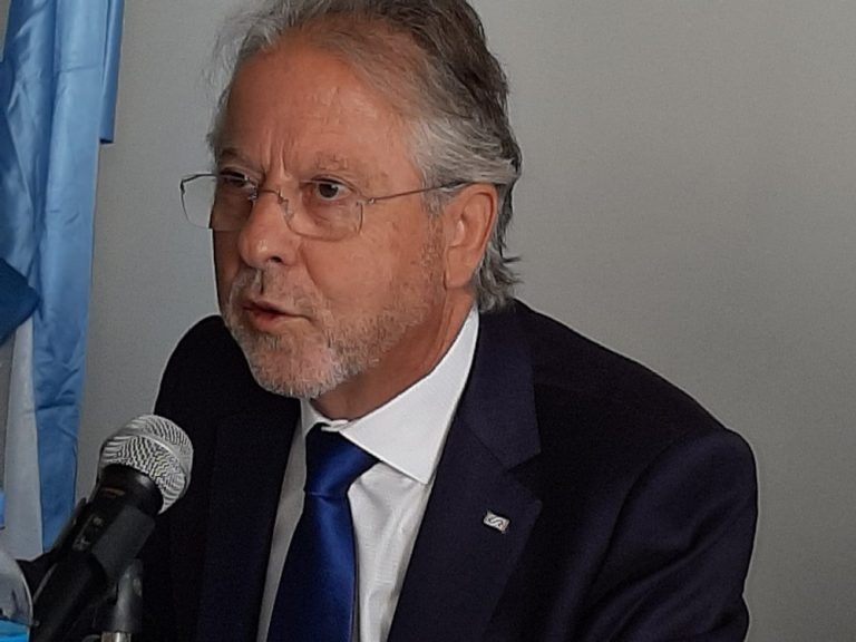 Dr. Luis Silva