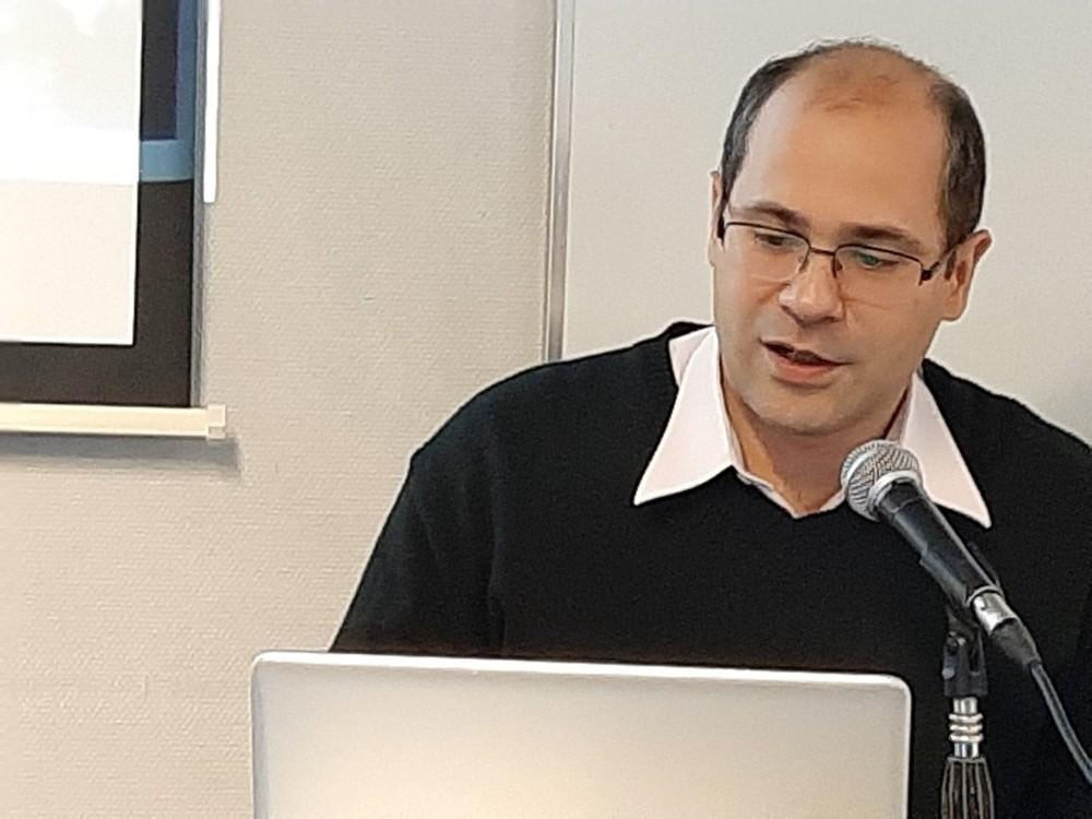 Dr. Gustavo Sosa