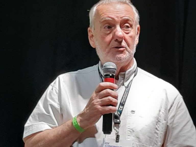 Miguel Á,Trespidi -Educación