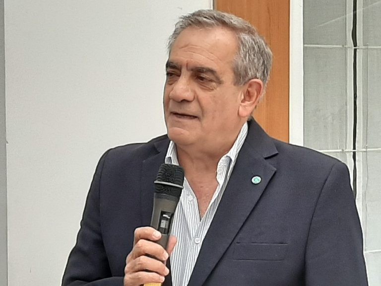 Dr. Carlos Iannizzotto