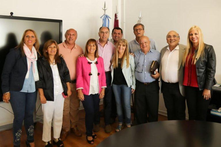Asistentes Asamblea con Mario Cafiero