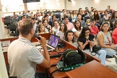 Educación jóvenes
