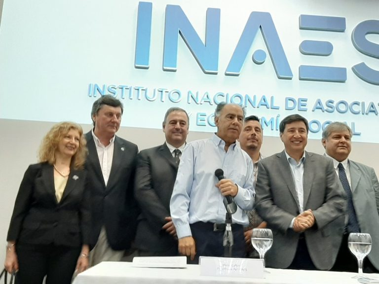 Mario Cafiero con Presidentes de Confederaciones