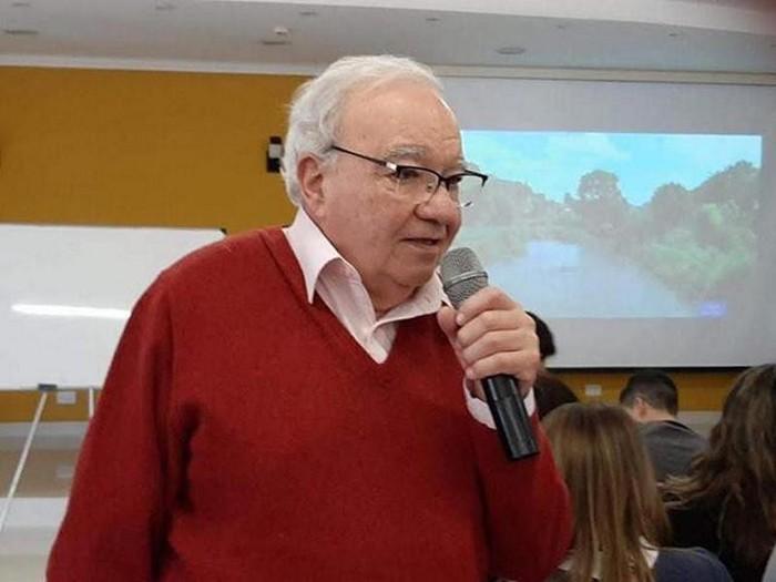Cr. Carlos Carranza
