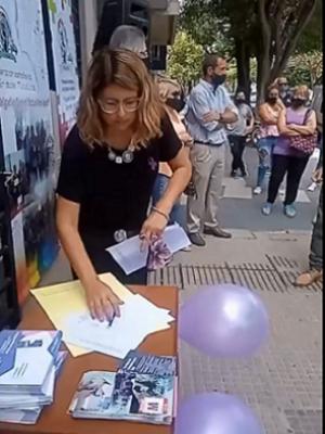 Gisela Carrizo firma convenio