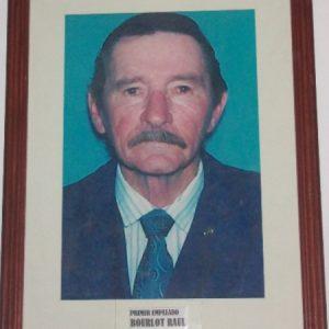 Primer empleado Raúl Bourlot